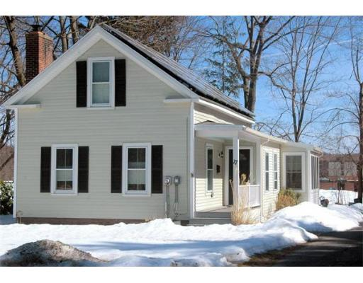 17  Woodbridge St,  South Hadley, MA