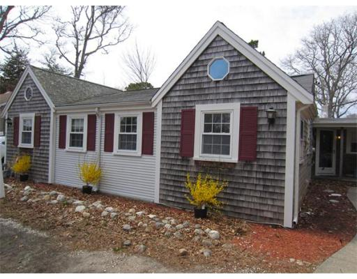 77  Berry Ave,  Yarmouth, MA