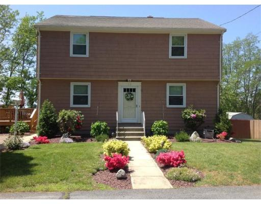 55  Barrows St,  Somerset, MA