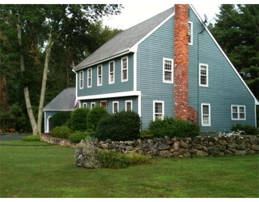 866  North St,  Walpole, MA