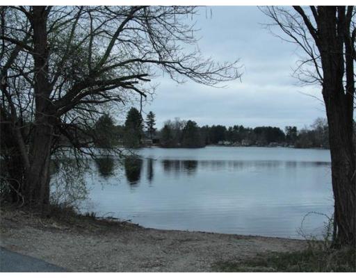 65 Lake Dr, Wilbraham, MA 01095