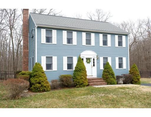 82  Cottage Grove Ave,  Brockton, MA
