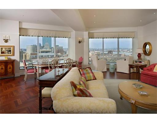 Condominium for sale in The Ritz-Carlton Residences, 26C Midtown, Boston, Suffolk