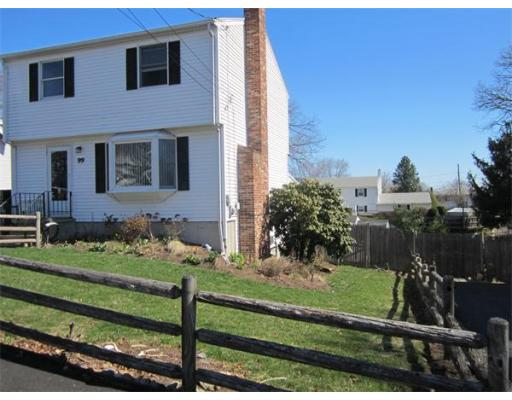 99  Elmlawn Road,  Braintree, MA
