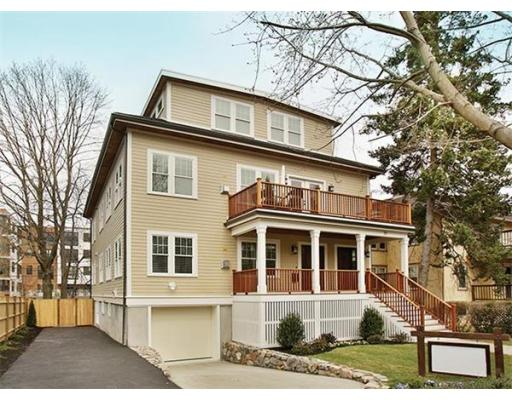 Condominium for sale in 77 Verndale St , Brookline, Norfolk