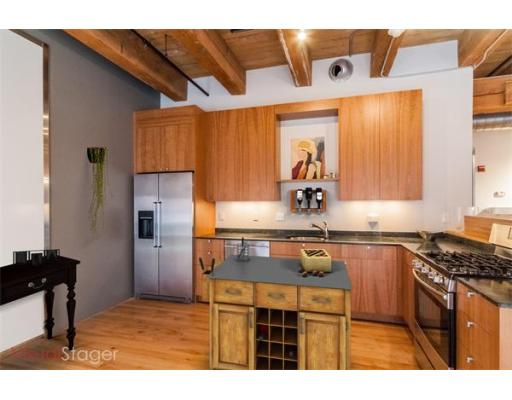 Boston MA Open Houses | Open Homes | CPC Open Houses, Just renovated, this one plus bedroom in Fort Point Place, a beautiful warehouse