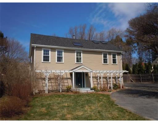 $474,900 - 3Br/3Ba -  for Sale in Newbury