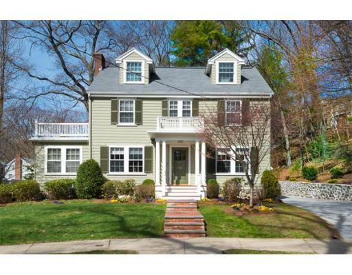 Single Family Home for Sale at 52 Berkshire Road 52 Berkshire Road Newton, Massachusetts 02460 United States