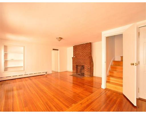 Additional photo for property listing at 38 Fleet Street 38 Fleet Street Boston, Massachusetts 02109 États-Unis