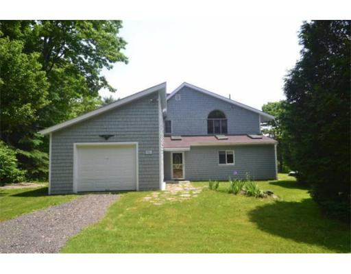 Additional photo for property listing at 71 West Hill Road 71 West Hill Road Middlefield, Massachusetts 01243 Estados Unidos