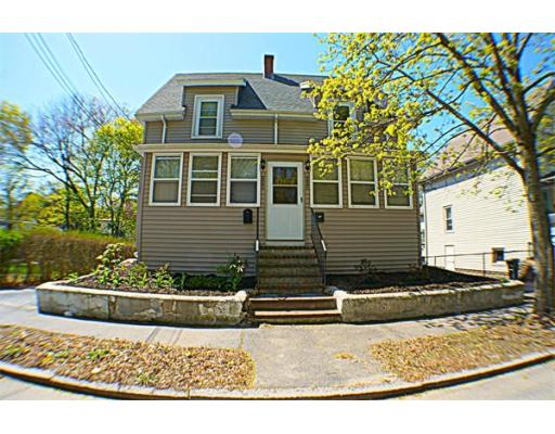 113 Green St, Reading, MA 01867