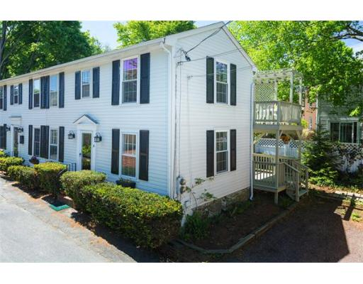 4  Curriers Court,  Newburyport, MA