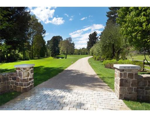 $4,900,000 - 5Br/6Ba -  for Sale in Hamilton