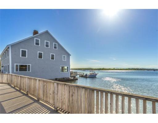Single Family Home for Sale at 672 Washington Street Gloucester, Massachusetts 01930 United States