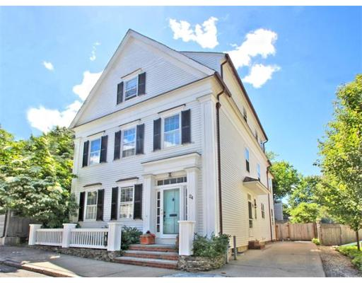 $1,250,000 - 4Br/4Ba -  for Sale in Newburyport