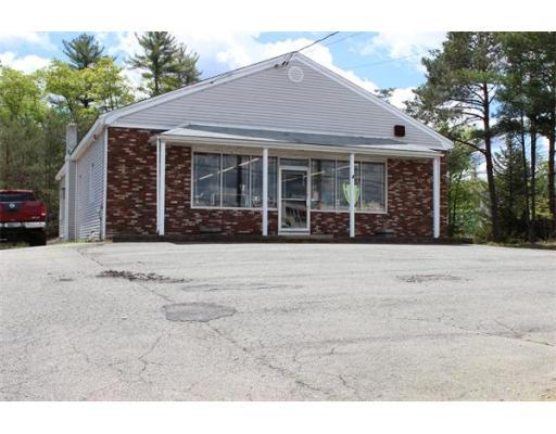 Commercial pour l Vente à 9 Harding Street Lakeville, Massachusetts 02347 États-Unis
