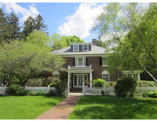 74  Common St,  Walpole, MA