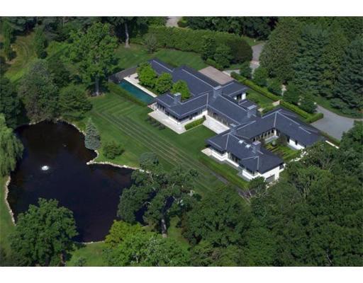 Luxury House for sale in 101 Fernwood Rd , Brookline, Norfolk