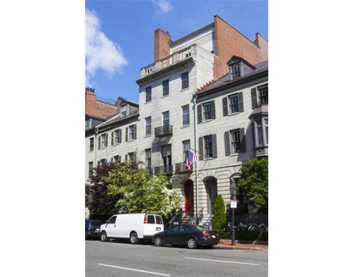 排屋 / 公寓 为 出租 在 71 Beacon Street 71 Beacon Street 波士顿, 马萨诸塞州 02108 美国
