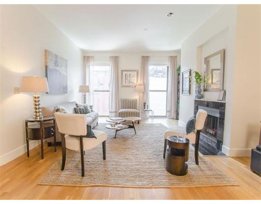 Condominium/Co-Op for sale in Prince on Newbury, 302 Back Bay, Boston, Suffolk