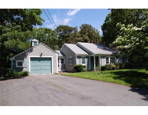 18  Town Hall Ave,  Yarmouth, MA