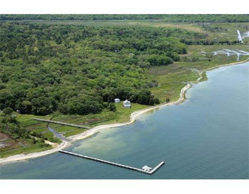 11  Harbor Acres Ln,  Mattapoisett, MA