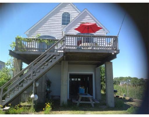 57  Beach St,  Wareham, MA