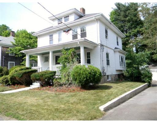 11  Overlook Avenue,  Brockton, MA