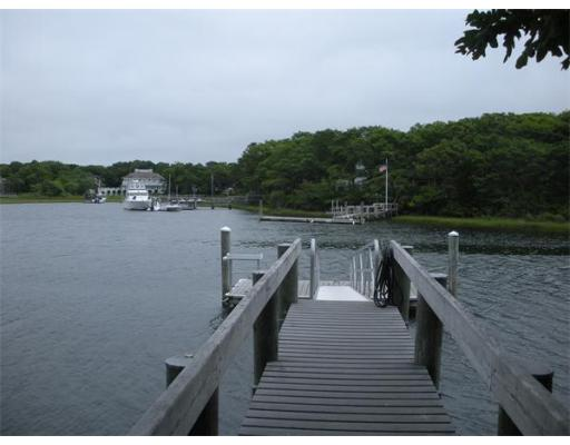 42  Great River Rd,  Mashpee, MA