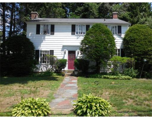2  Hillside Ave,  South Hadley, MA