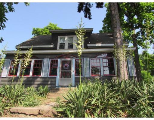 170  Prospect St,  Chicopee, MA