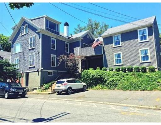 128 Front St, Marblehead, MA 01945