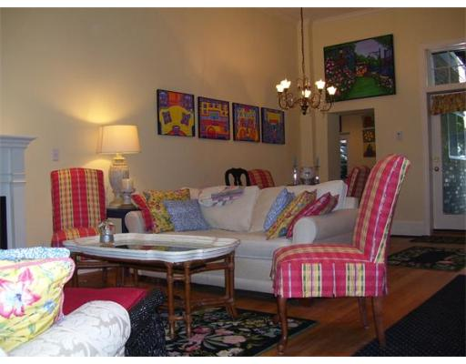 $1,999,000 - 2Br/4Ba -  for Sale in Boston