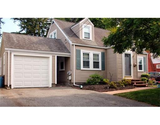 18  Hill View Rd,  Braintree, MA