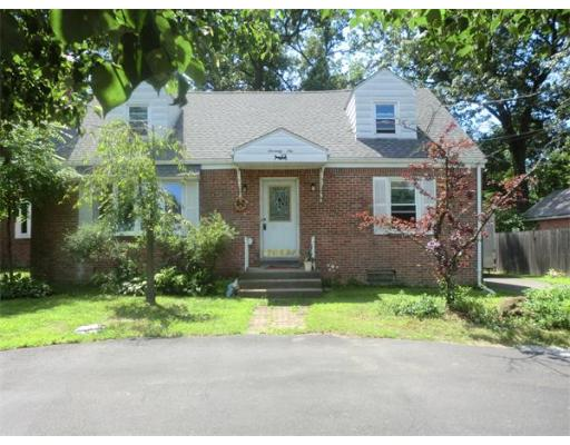 76  Lyman St,  South Hadley, MA