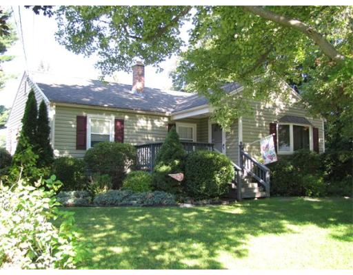 14  Hunter Ter,  South Hadley, MA
