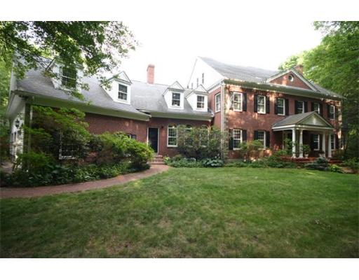 44  Bubbling Brook Road,  Walpole, MA
