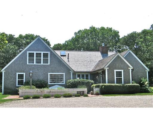 Single Family Home for Sale at 14 Tabor Hills 14 Tabor Hills Chilmark, Massachusetts 02535 United States