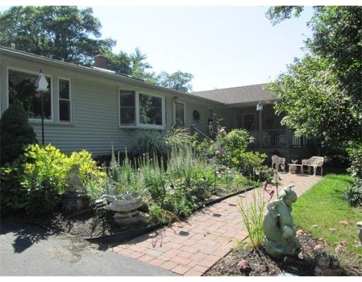 29  LIVINGSTON DR.,  Peabody, MA