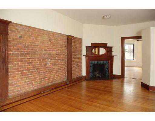 $439,000 - 1Br/1Ba -  for Sale in Boston
