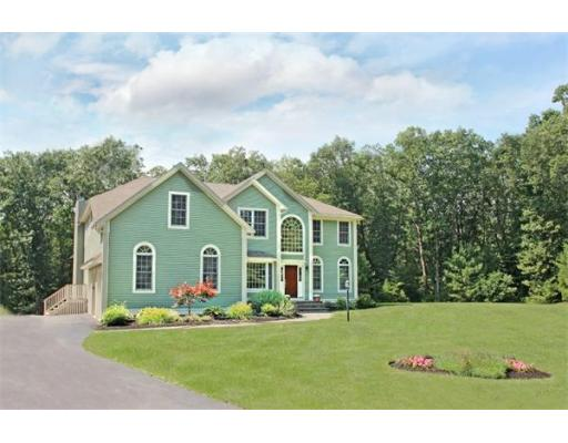 $899,900 - 4Br/4Ba -  for Sale in West Newbury