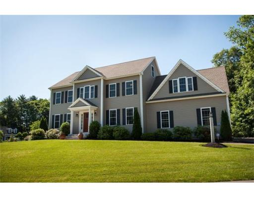 9  New Fisher Ln,  Walpole, MA