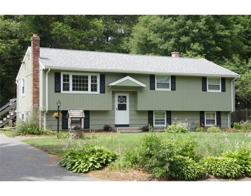 135  Lakeview Dr,  Raynham, MA