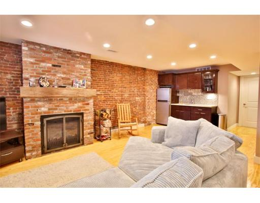 $1,100,000 - 3Br/3Ba -  for Sale in Boston