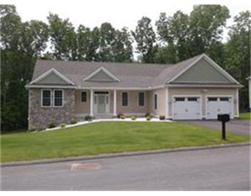 3  Valley View Dr,  South Hadley, MA