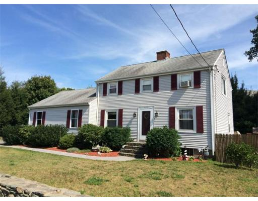 672  Lees River Ave,  Somerset, MA