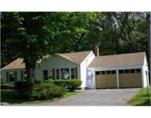 18  Old Country Way,  Braintree, MA