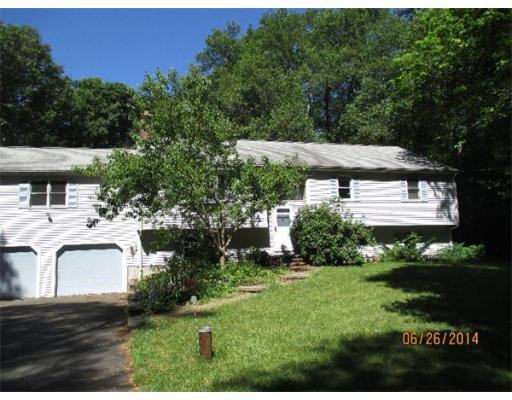 875  Pine St,  Raynham, MA