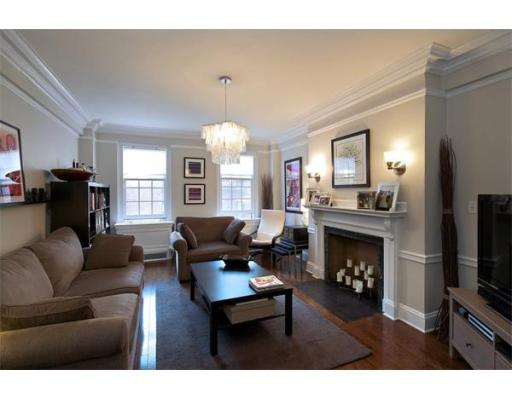 Boston MA Open Houses | Open Homes | CPC Open Houses, A refined apartment with 2 bedrooms, 2 bathrooms and bonus study or nursery, in