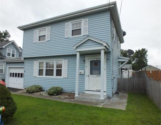 47  Lorraine St,  Chicopee, MA